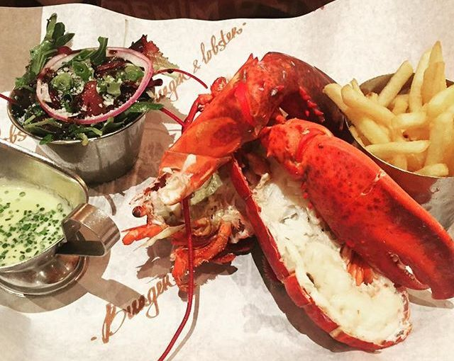 TRAVEL – FOOD – Lobster and Calzone in LondonUK