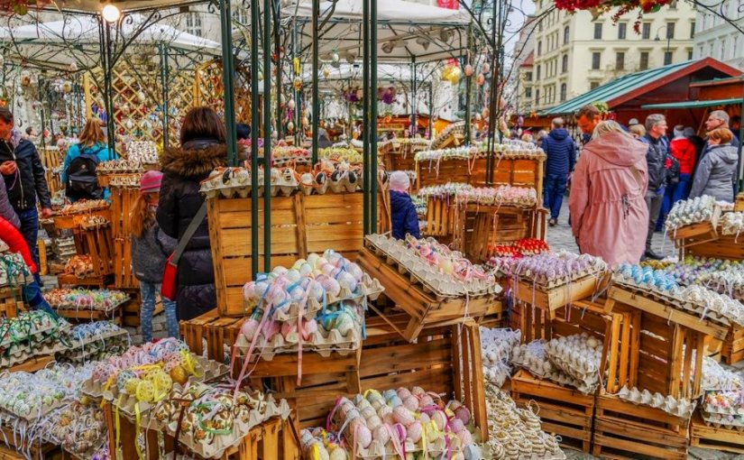 Life In Germany – Enjoy Easter Holiday Market in Frankfurt / I am Expat