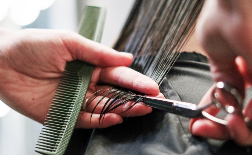 Beauty Life – DIY – How To Do Self Hair Cut To Shoulder MediumLength